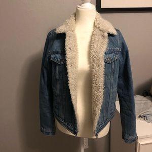 Levi's Sherpa Denim Jacket M
